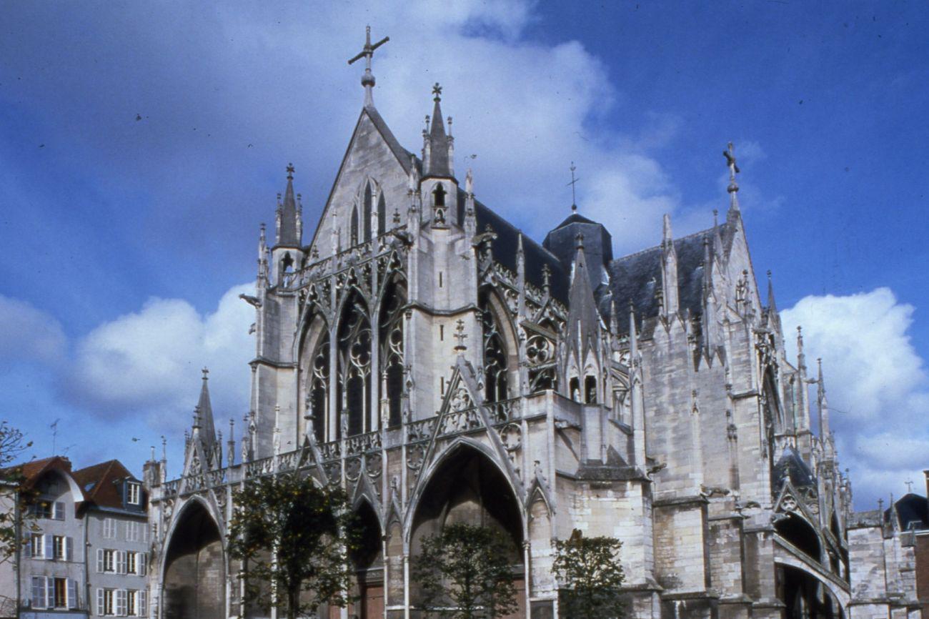 Ensemble paroissial Saint-Parres-aux-Tertres