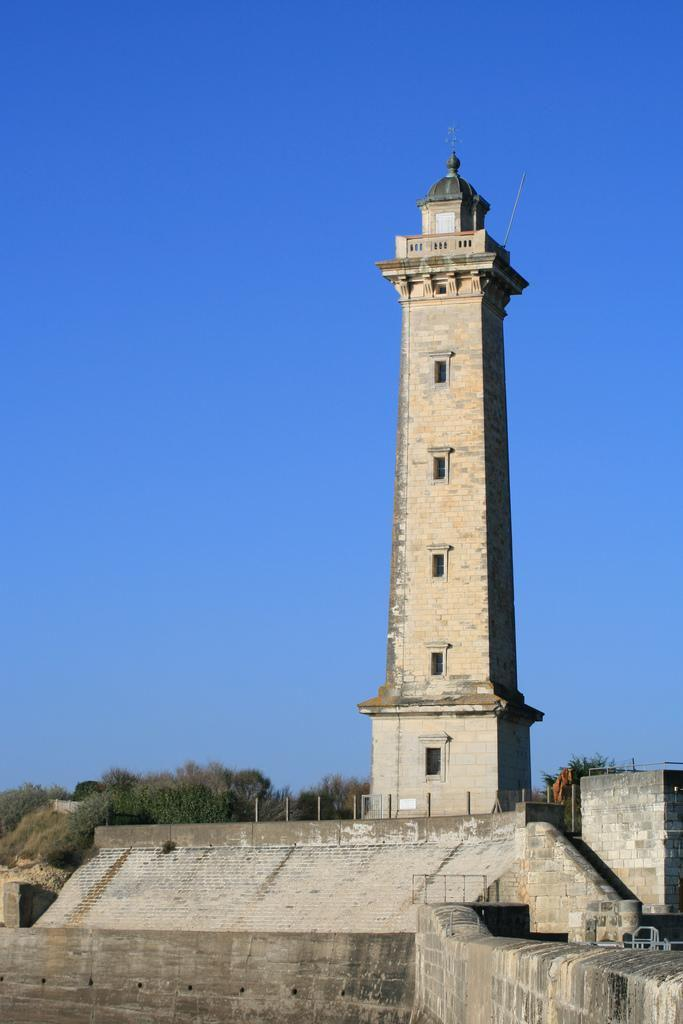 Photo phare de st georges saint georges de didonne 8023 - Office de tourisme st georges de didonne ...