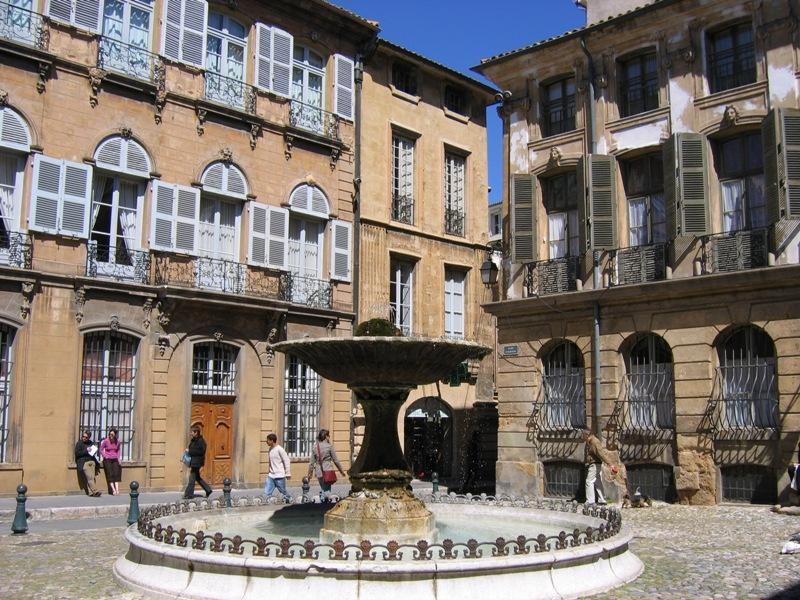 Place d'Albertas_Aix-en-Provence (1)