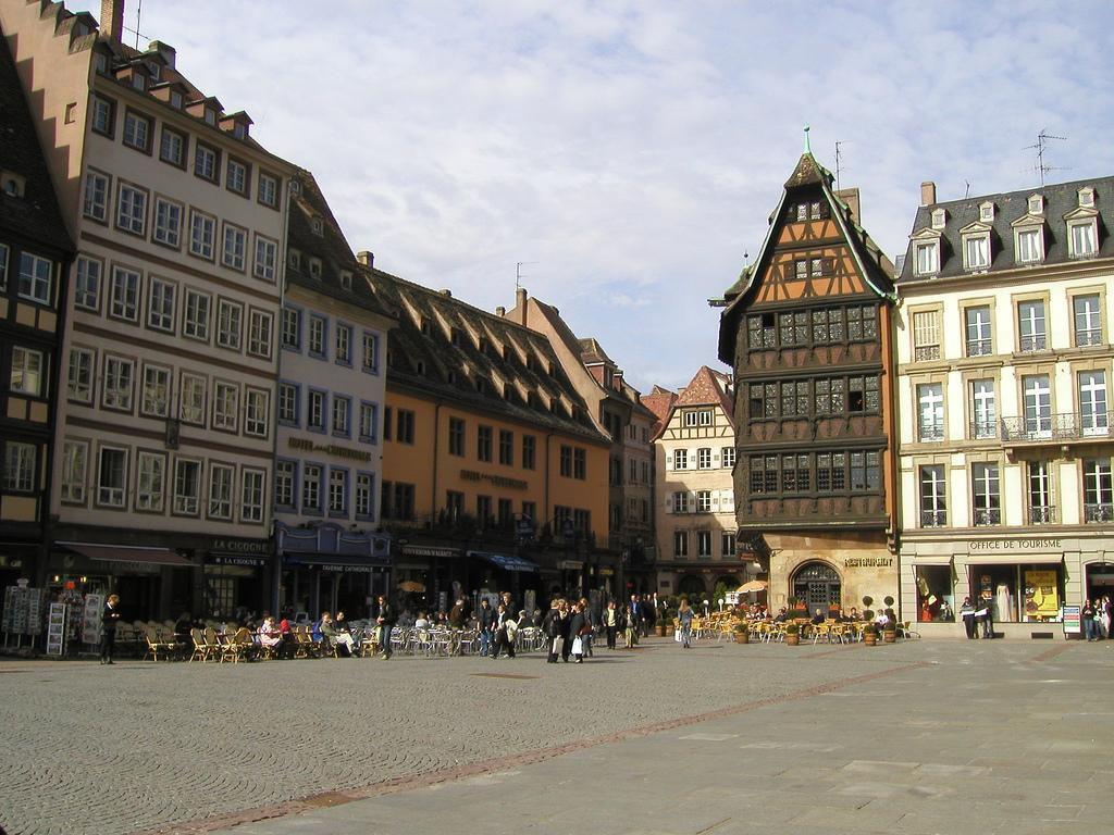 Place de Cathédrale_Strasbourg (1)