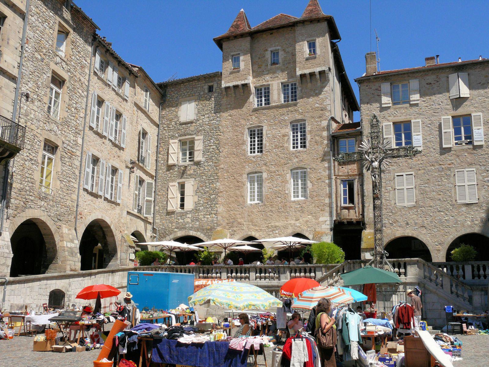 Place Notre-Dame_Villefranche-de-Rouergue
