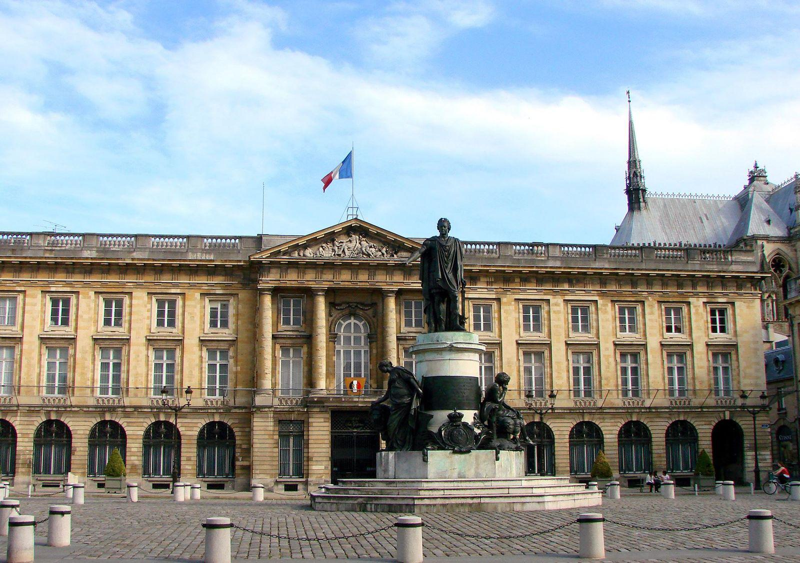 Place Royale_Reims