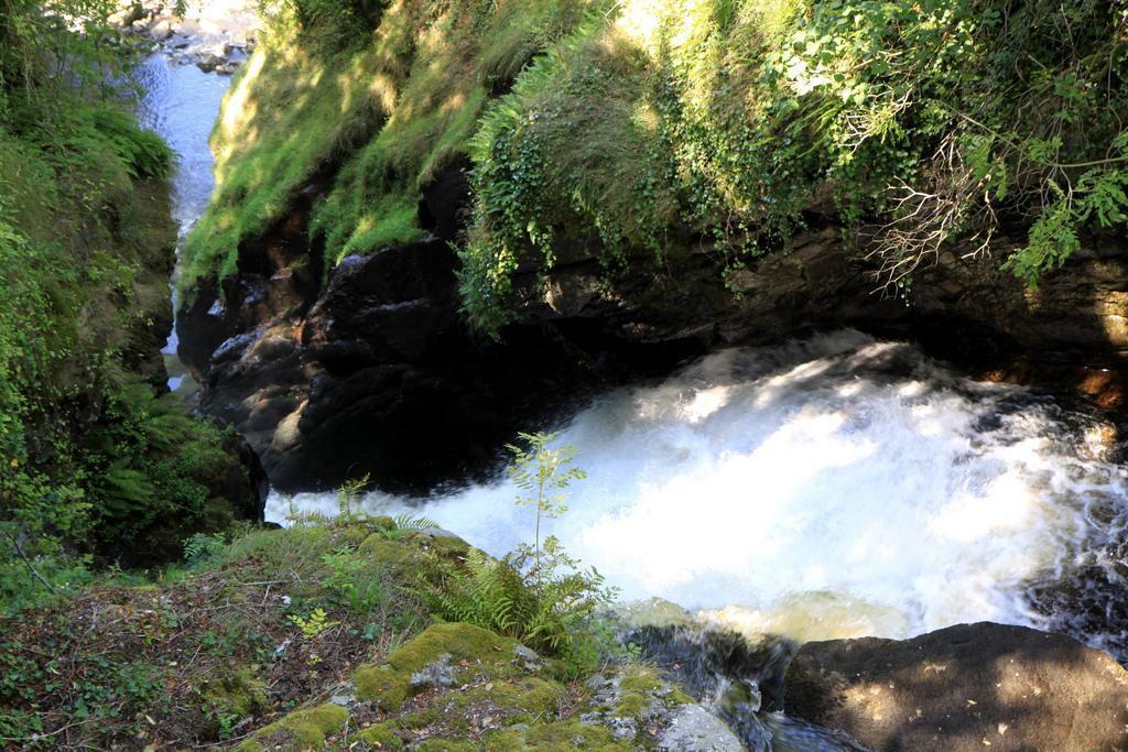 Montane Gimel aval Redole_Gimel-les-Cascades