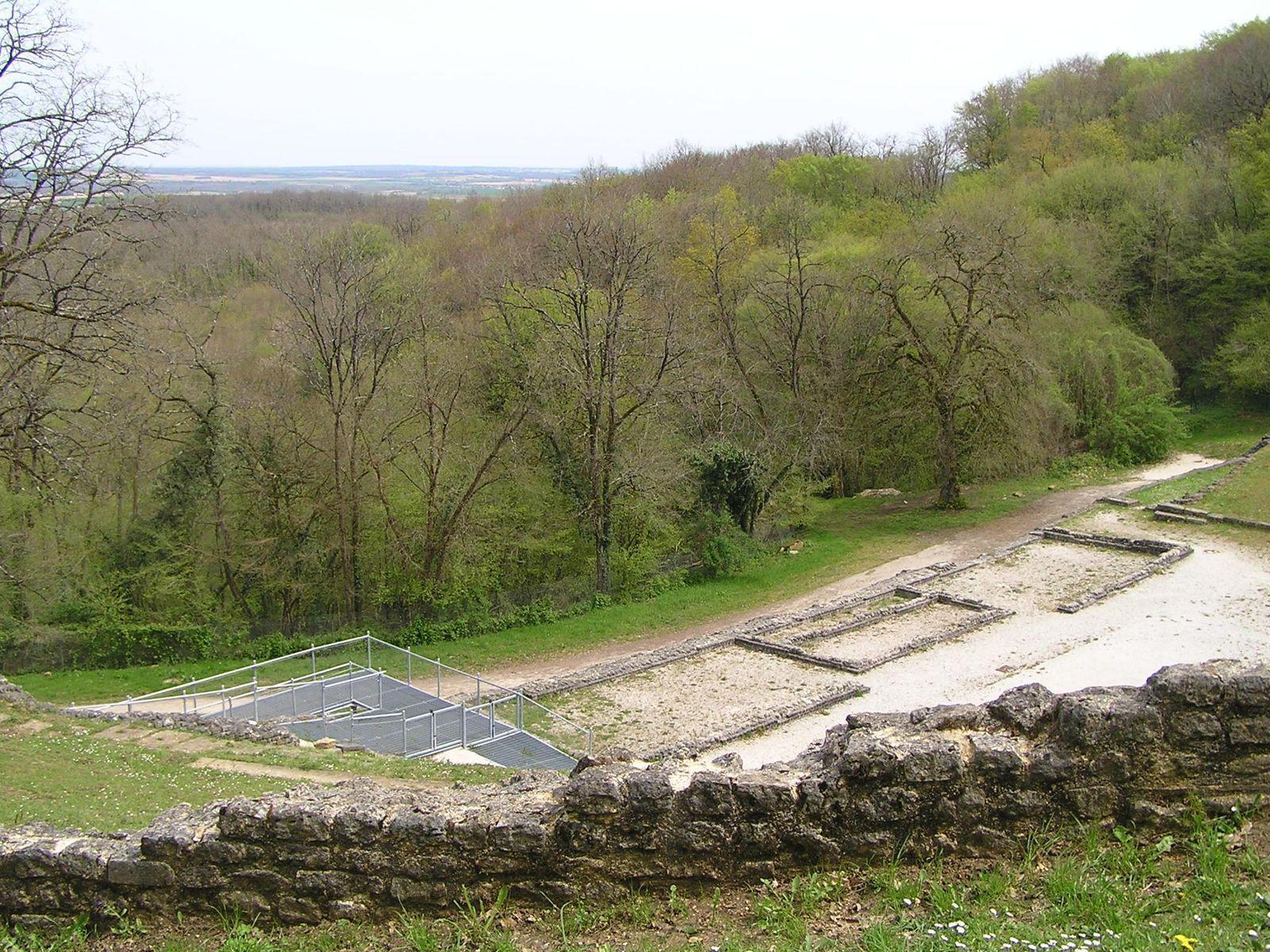 Théâtre gallo-romain des Bouchauds_Saint-Cybardeaux