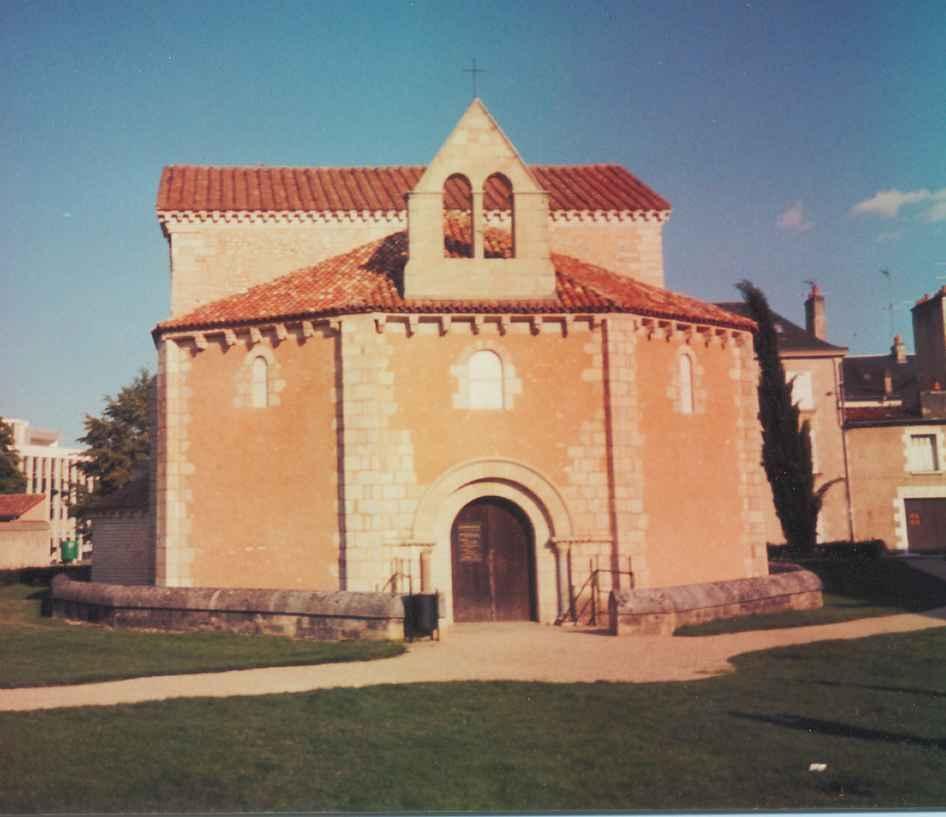 Baptistère Saint-Jean_Poitiers (1)