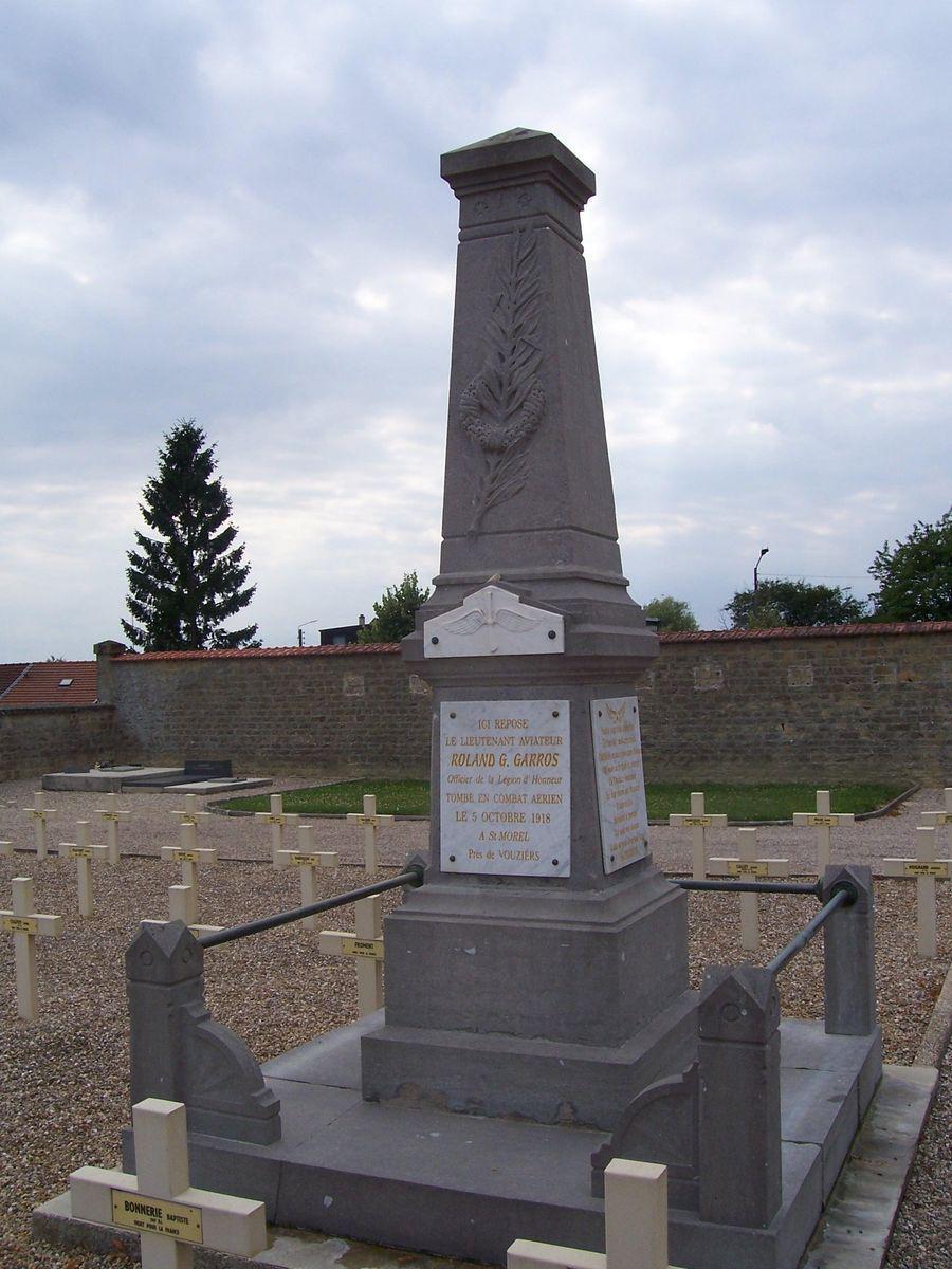 Stèle et Tombe de Roland GARROS_Vouziers