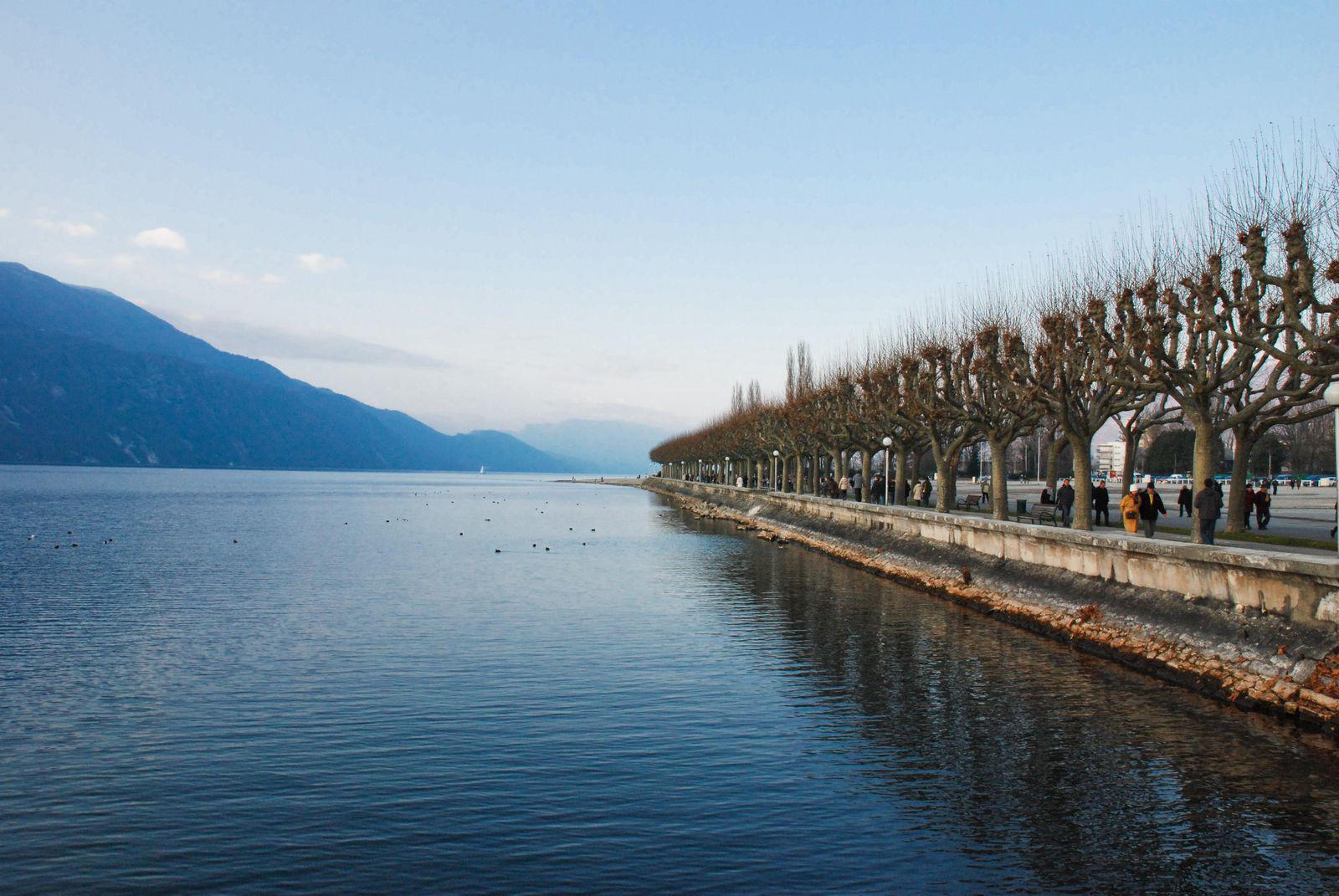 Esplanade du lac_Aix-les-Bains
