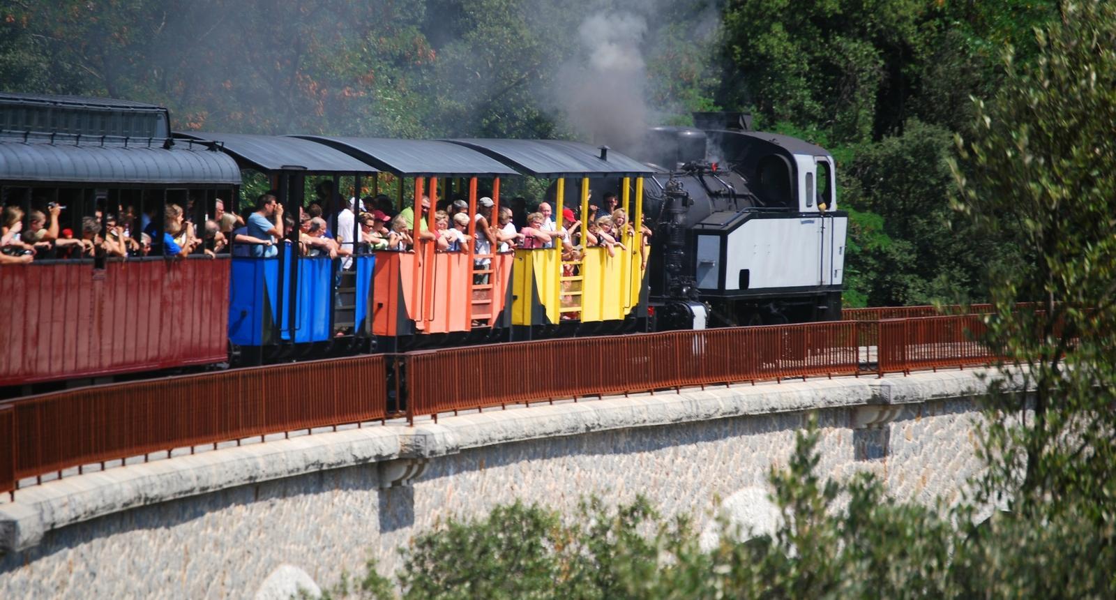 Image : Petit train à vapeur cevenol - Cevennes (Gard)
