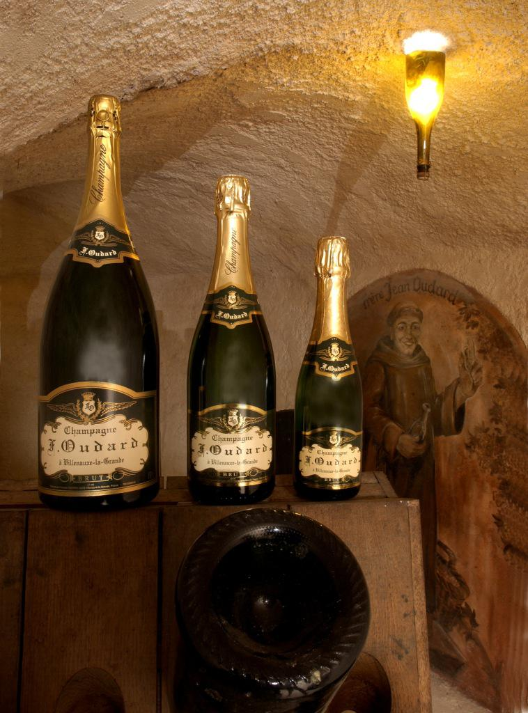 CHAMPAGNE FRANCOIS OUDARD