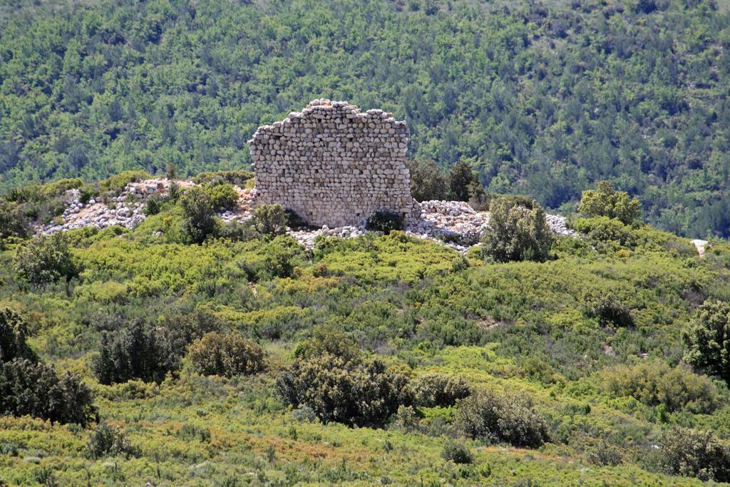 Montagne Sainte-Victoire - Les Dalles Grises_Saint-Antonin-s