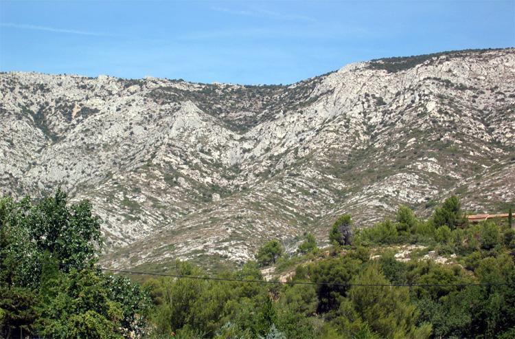 Montagne Sainte-Victoire - Saint-Ser_Puyloubier