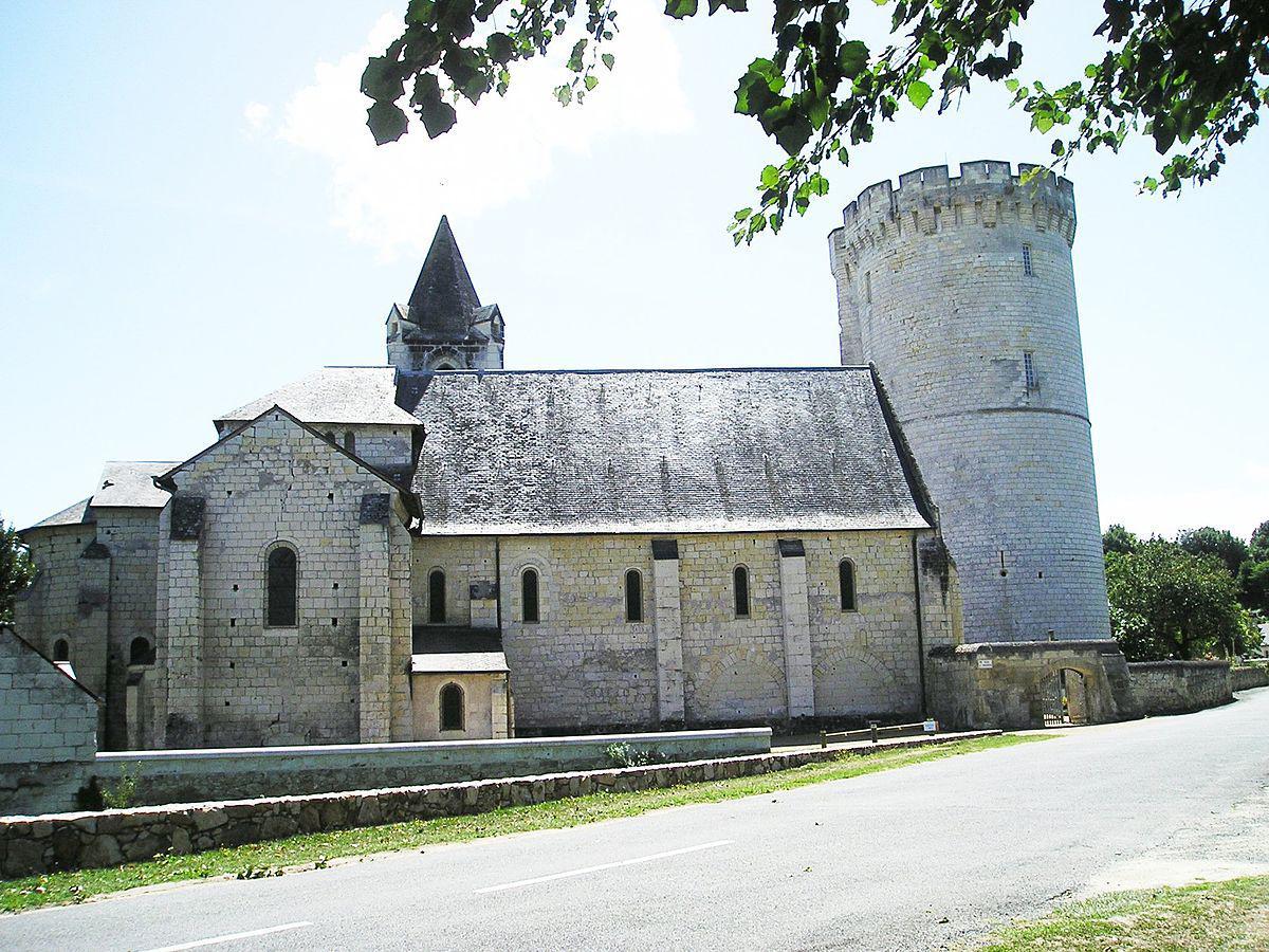 Eglise Saint-Aubin de Trèves