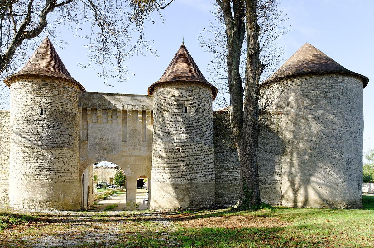 Château de Furigny à Neuville-de-Poitou