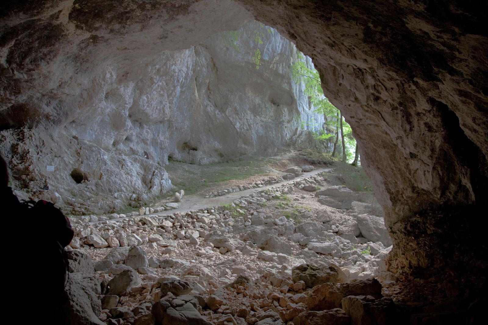 Image : Grotte de la Luire