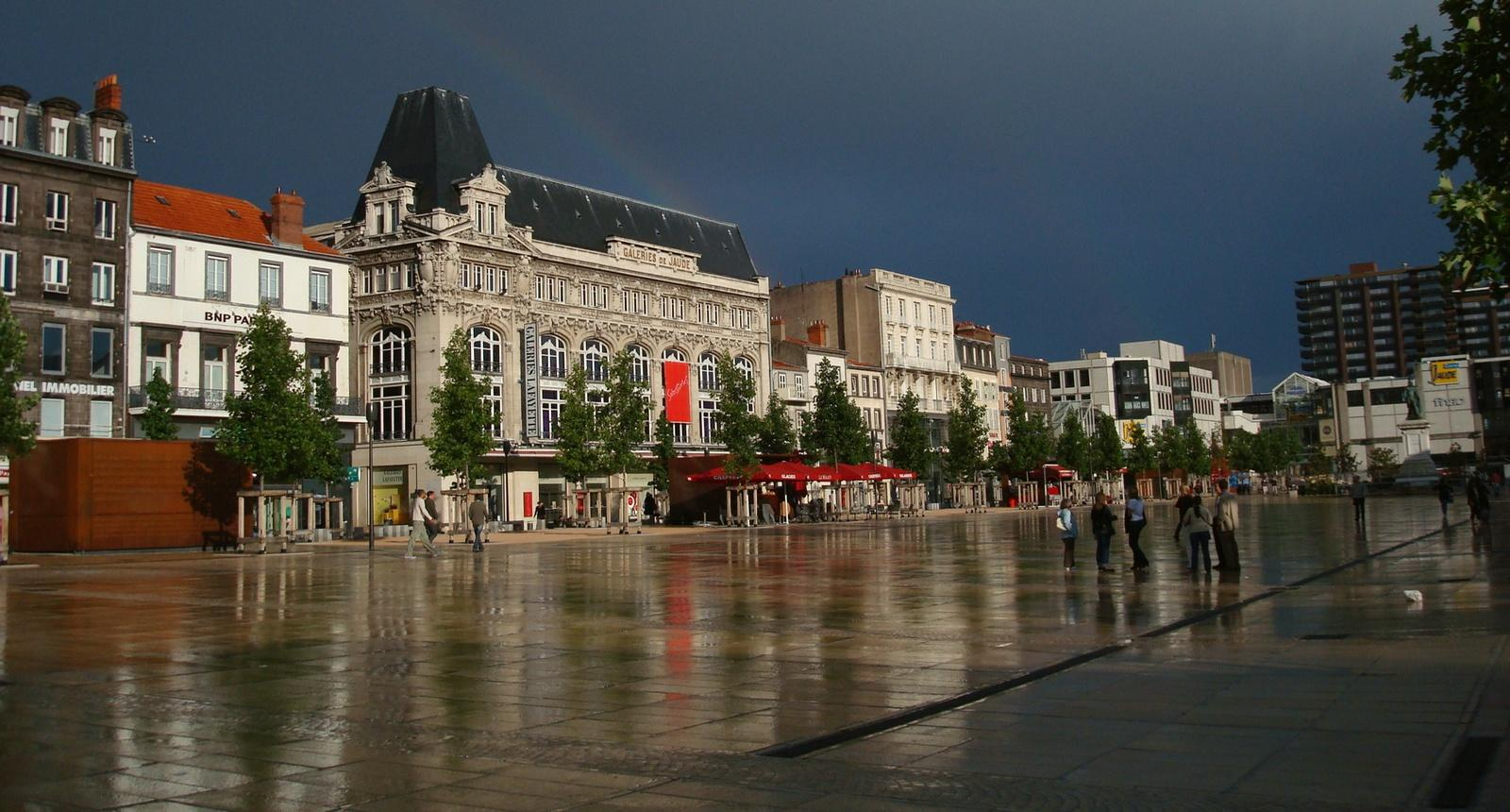 La Place de Jaude, Clermont-Ferrand
