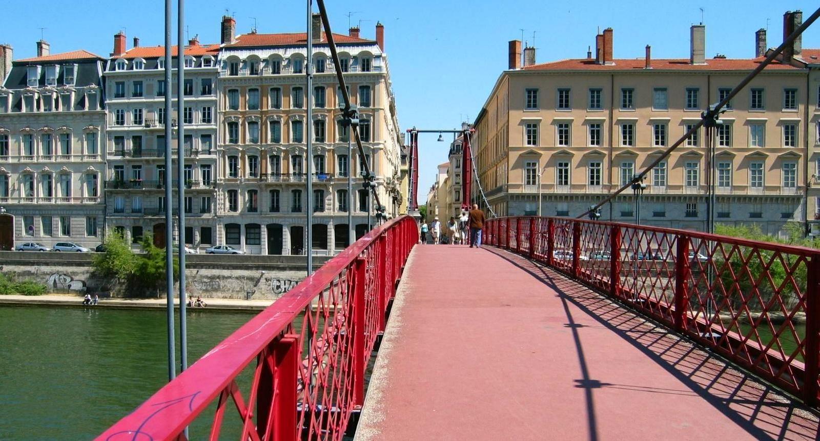 Lyon, passerelle vers la presqu'île