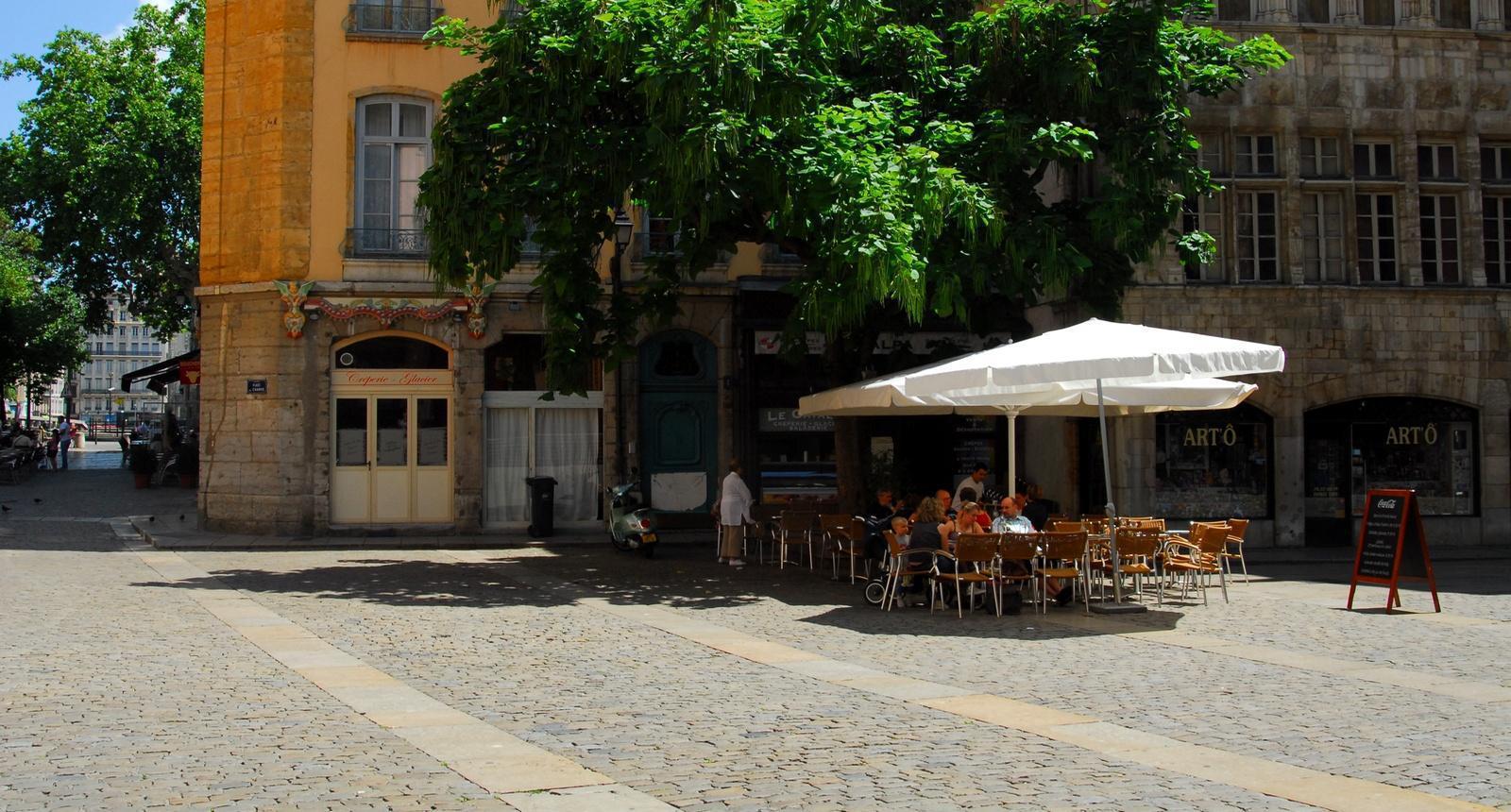 Place du vieux Lyon