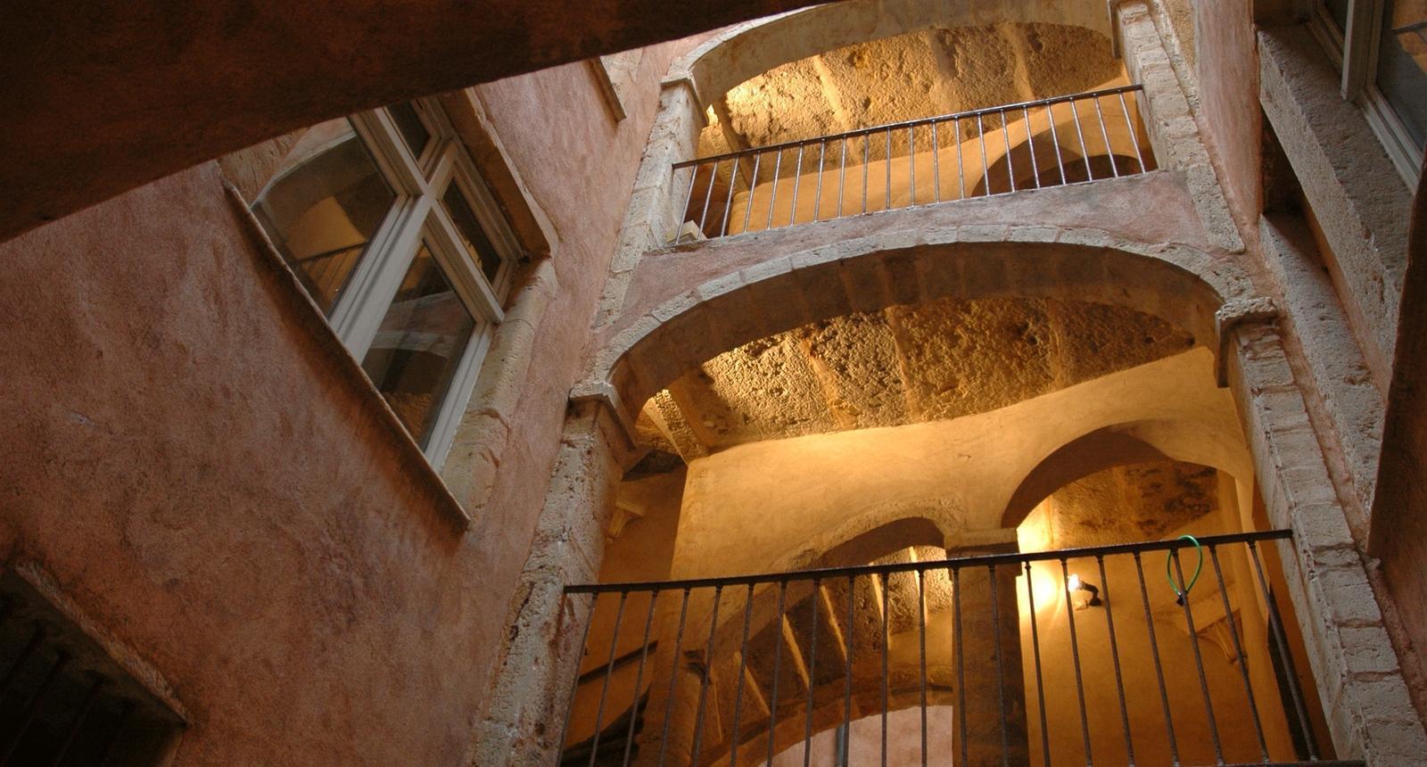 Immeuble de traboules dans le vieux Lyon