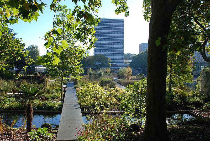 le jardin des gants - Jardin Des Plantes Lille