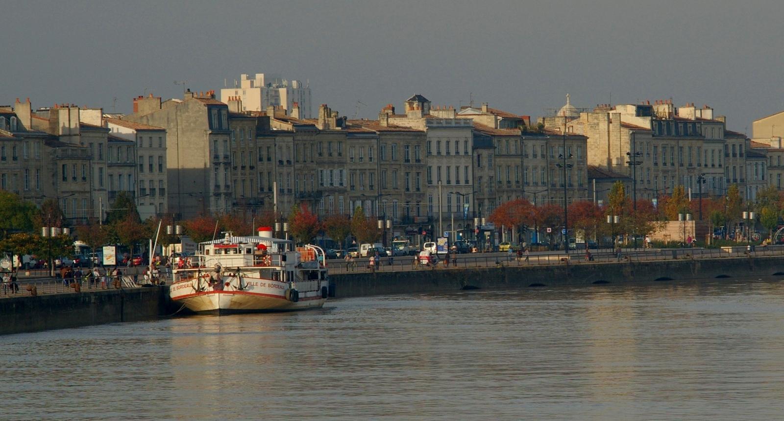 Quais de Bordeaux