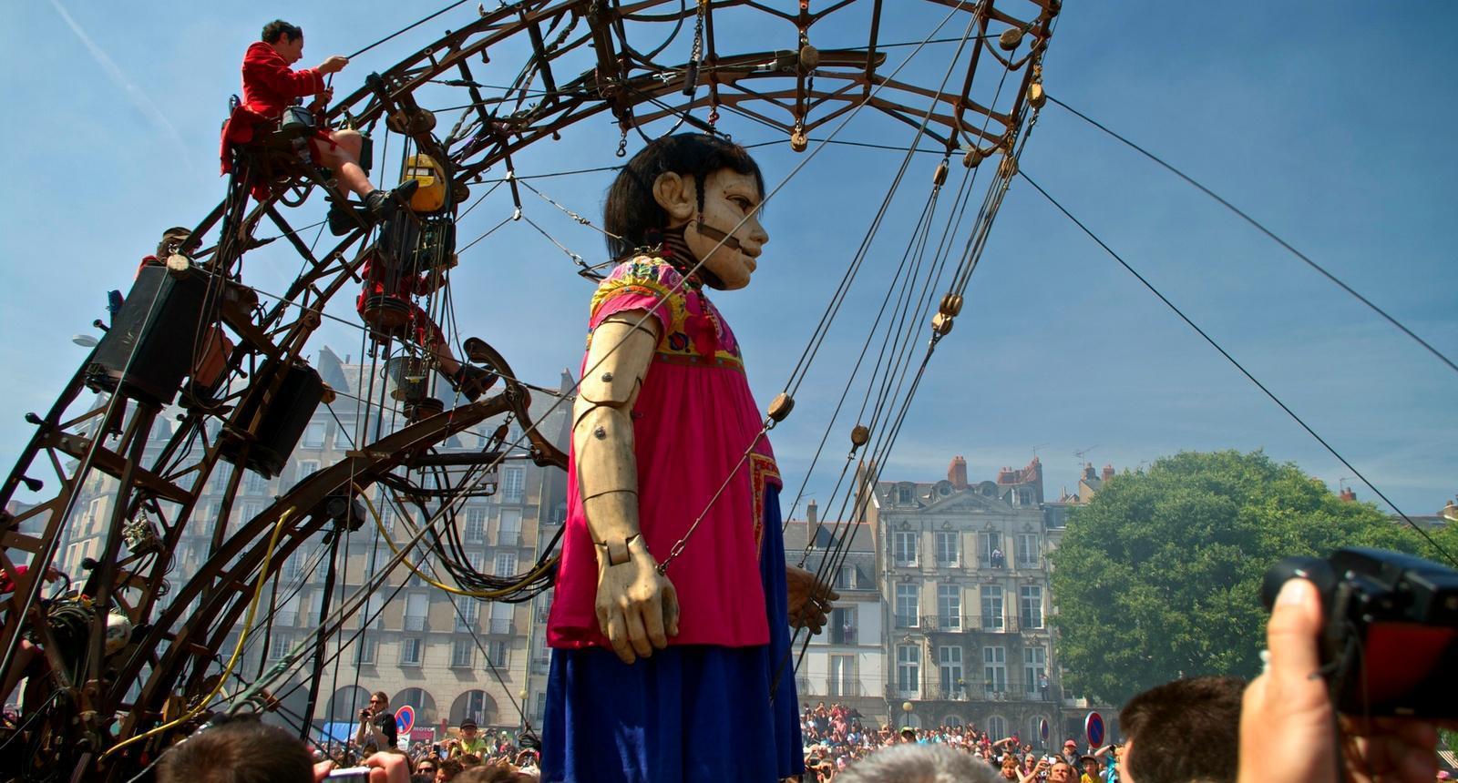 Spectacle de rue de la compagnie nantaise Royal de Luxe