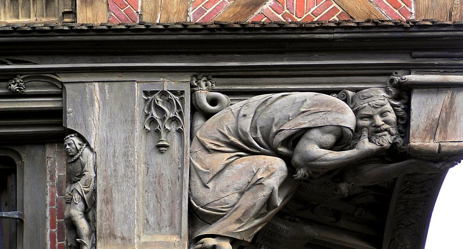 Rouen, place de la Rougemare...