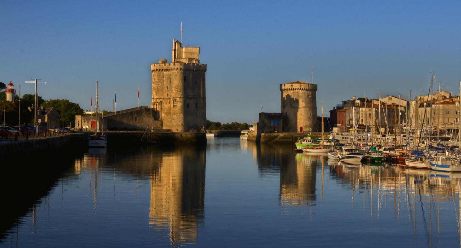 visite de la ville de la rochelle s jour week end tourisme guide et photos. Black Bedroom Furniture Sets. Home Design Ideas