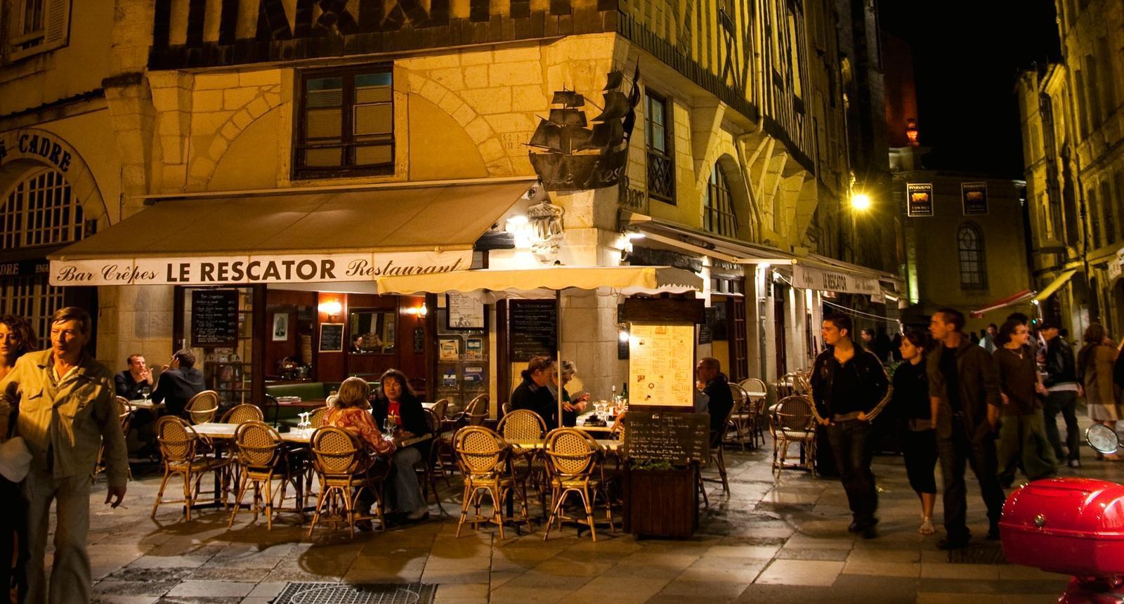La Rochelle, Rue Saint-Sauveur