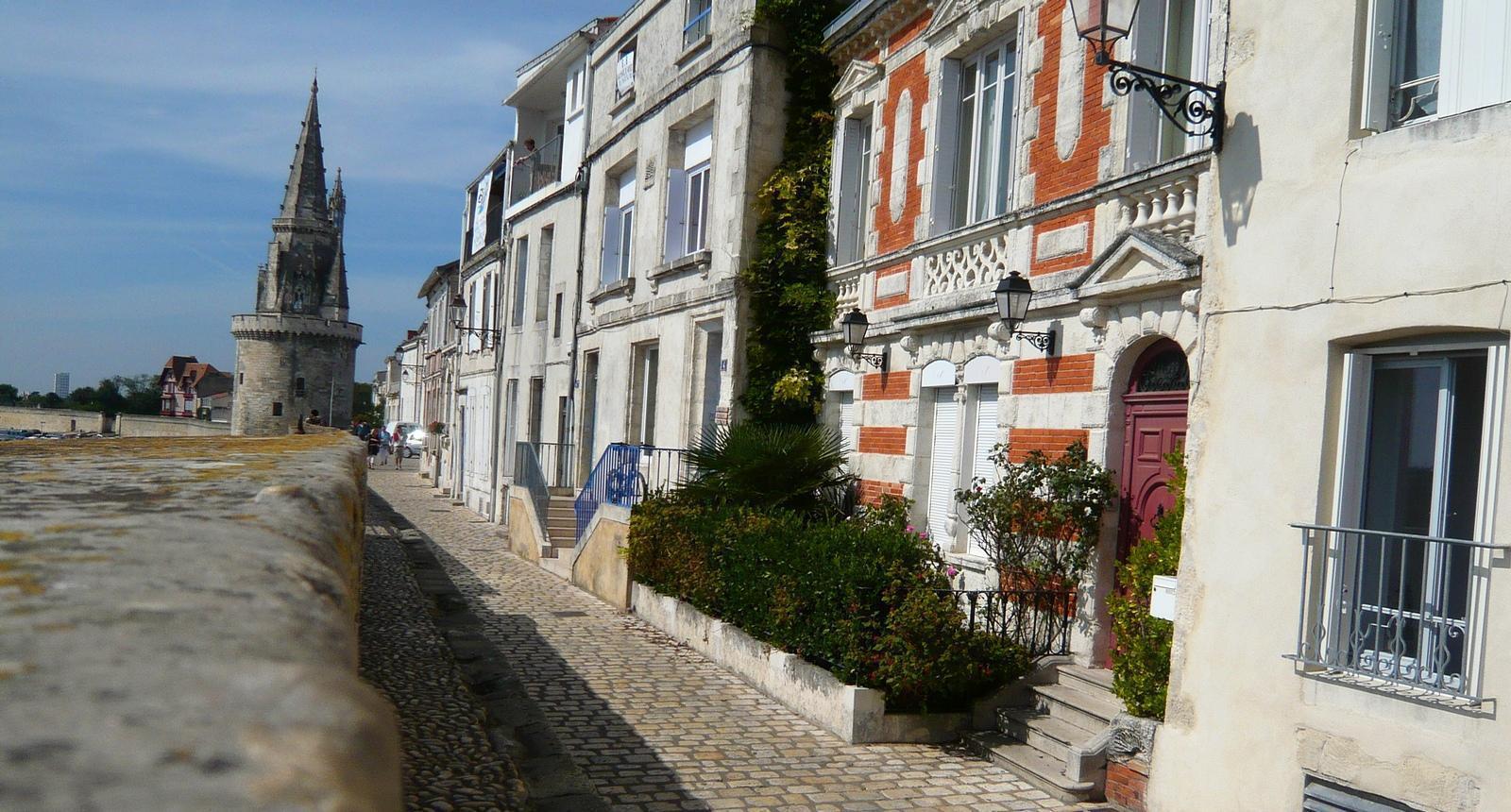 La Rochelle, la Rue sur les Murs