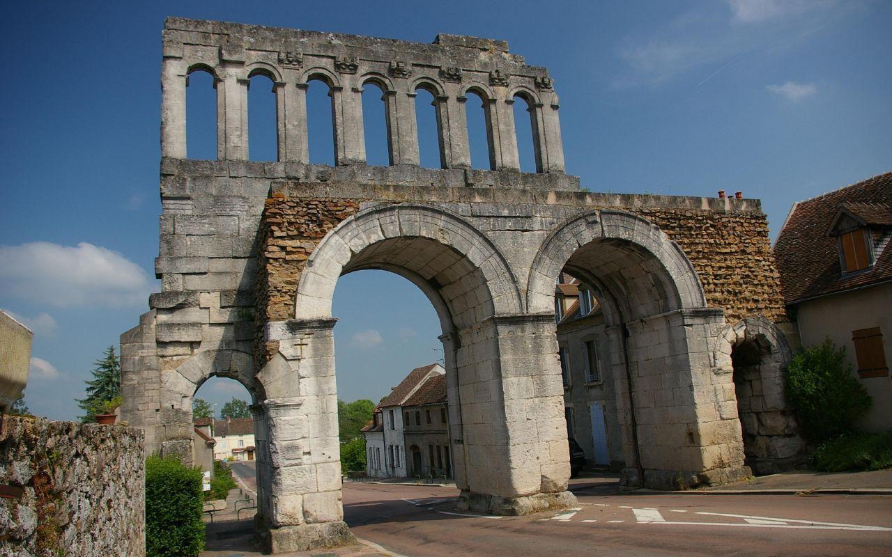 Porte d'Arroux_Autun