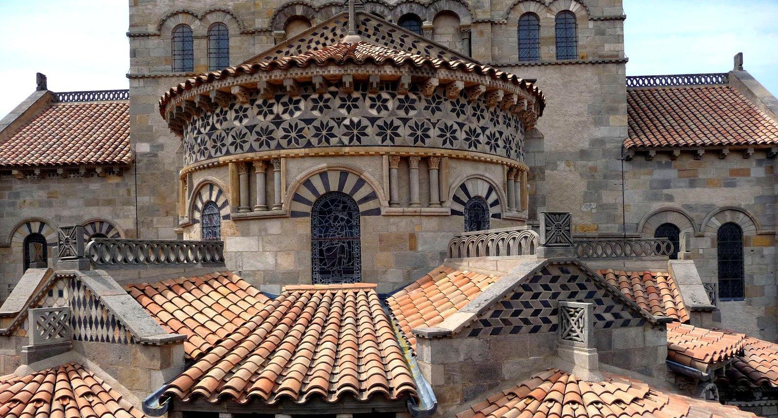 Basilique Notre-Dame-du-Port, Clermont-Ferrand