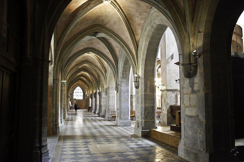 Cathédrale Notre-Dame de Grenoble bas-côté Sud
