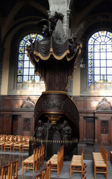Chaire à precher Eglise Saint-Etienne