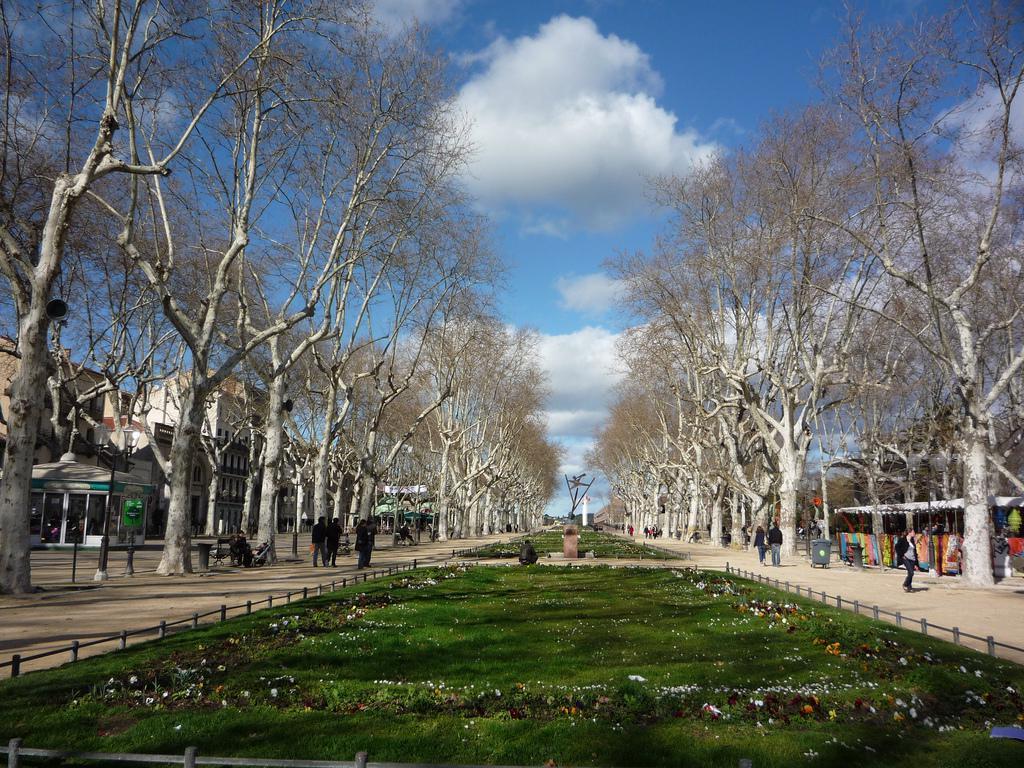Guide de tourisme par commune montpellier 34 architecture monuments divers - Esplanade charles de gaulle ...