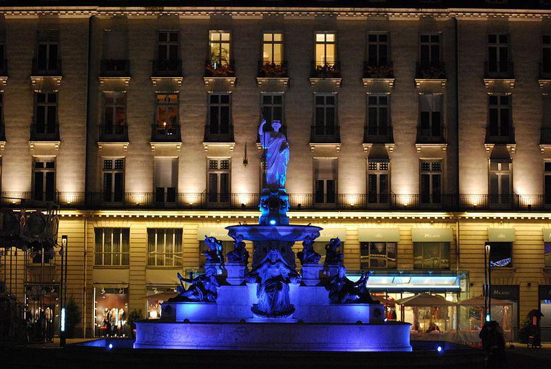 Place Royale de nuit