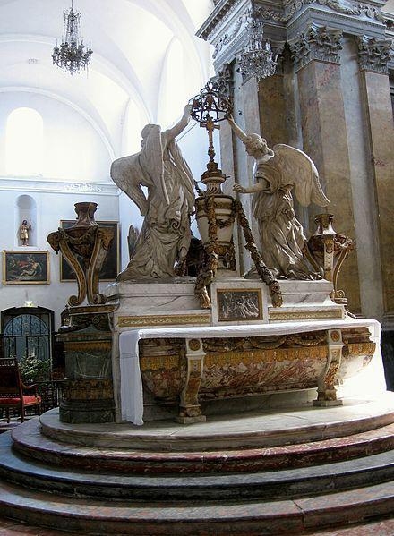 Maître-autel de l'église Saint-Pierre des Chartreux