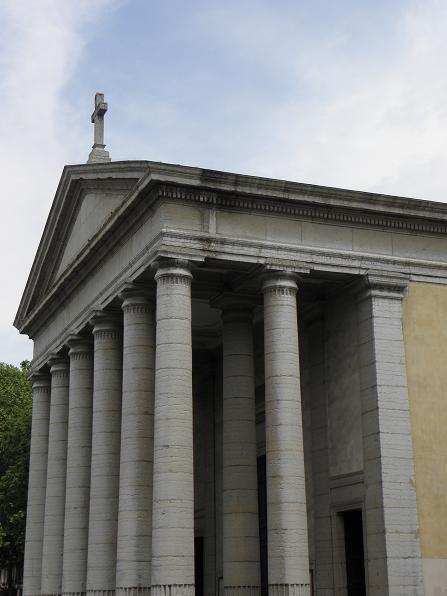 Portique hexastyle de l'église St-Pothin de Lyon