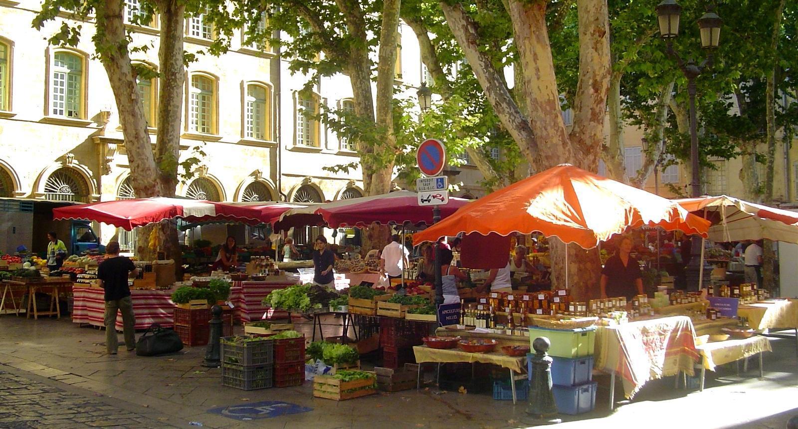 Aix-en-Provence, marché place Richelme