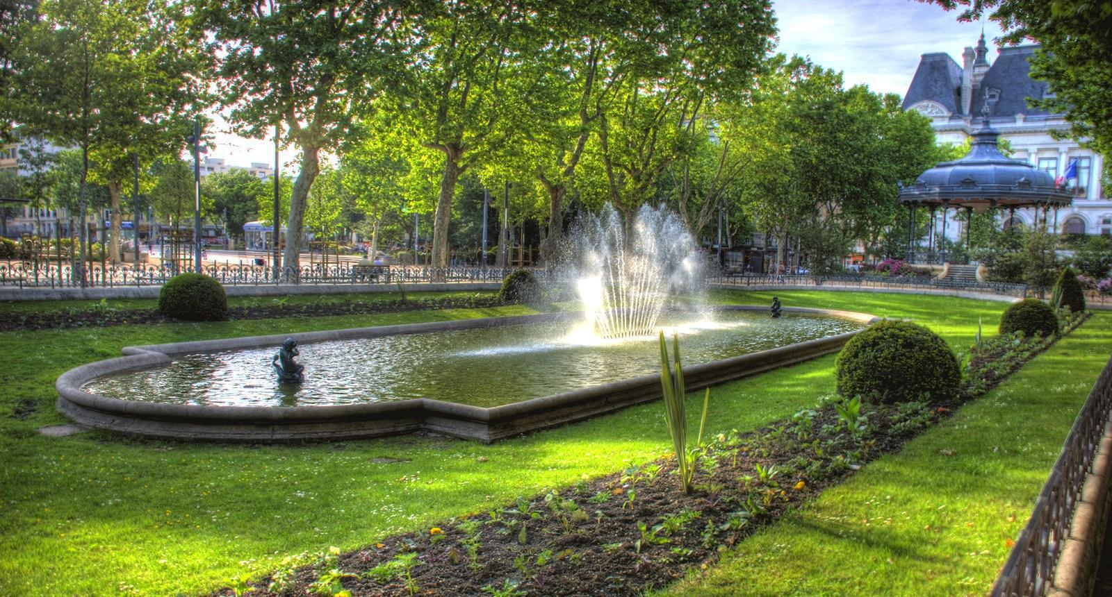 Visite de la ville de saint etienne s jour week end tourisme guide et photos - Amenagement jardin d saint etienne ...