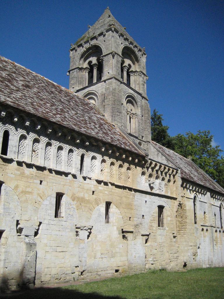 Ancienne église_Thaon (1)