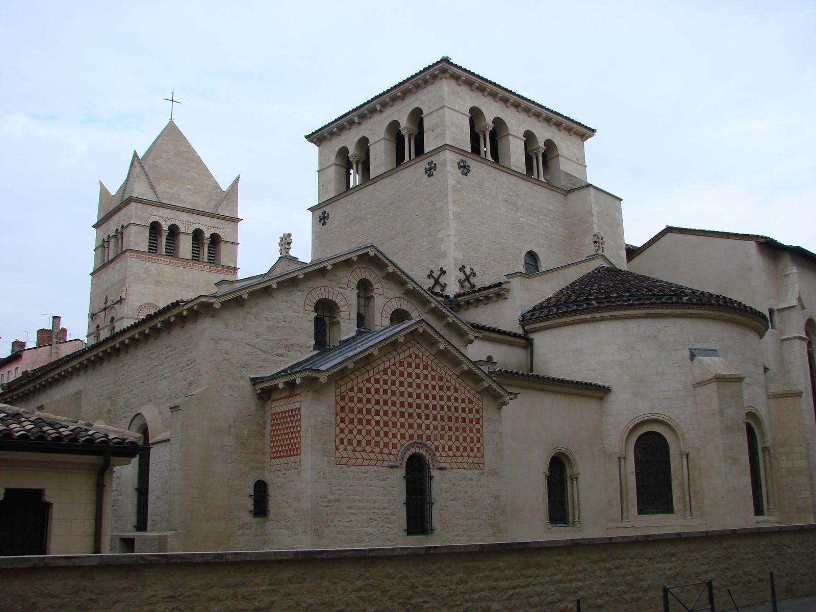 Basilique - Abbaye Saint Martin d'Ainay_Lyon (2)