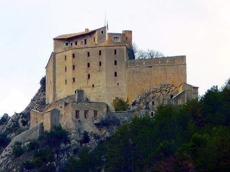Citadelle_Entrevaux