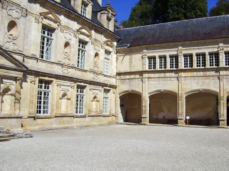 Château de Bussy-Rabutin_Bussy-le-Grand (2)