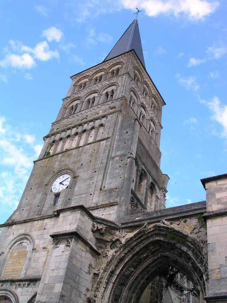 Eglise prieurale Notre-Dame_La Charité-sur-Loire (1)