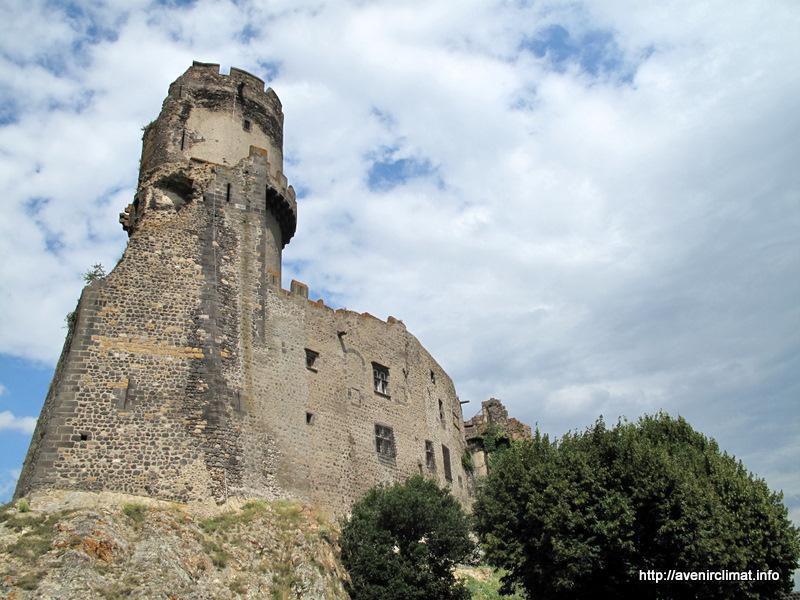 Château de TourNOËL_Volvic