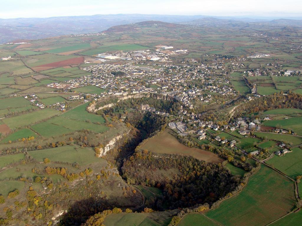 Site géologique du Trou de Bozouls ou Gourg d'Enfer._Bozouls