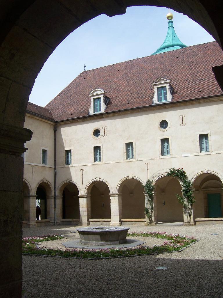 Monastère des Bernardines -Musée de la vie Bourguignonne_Dij