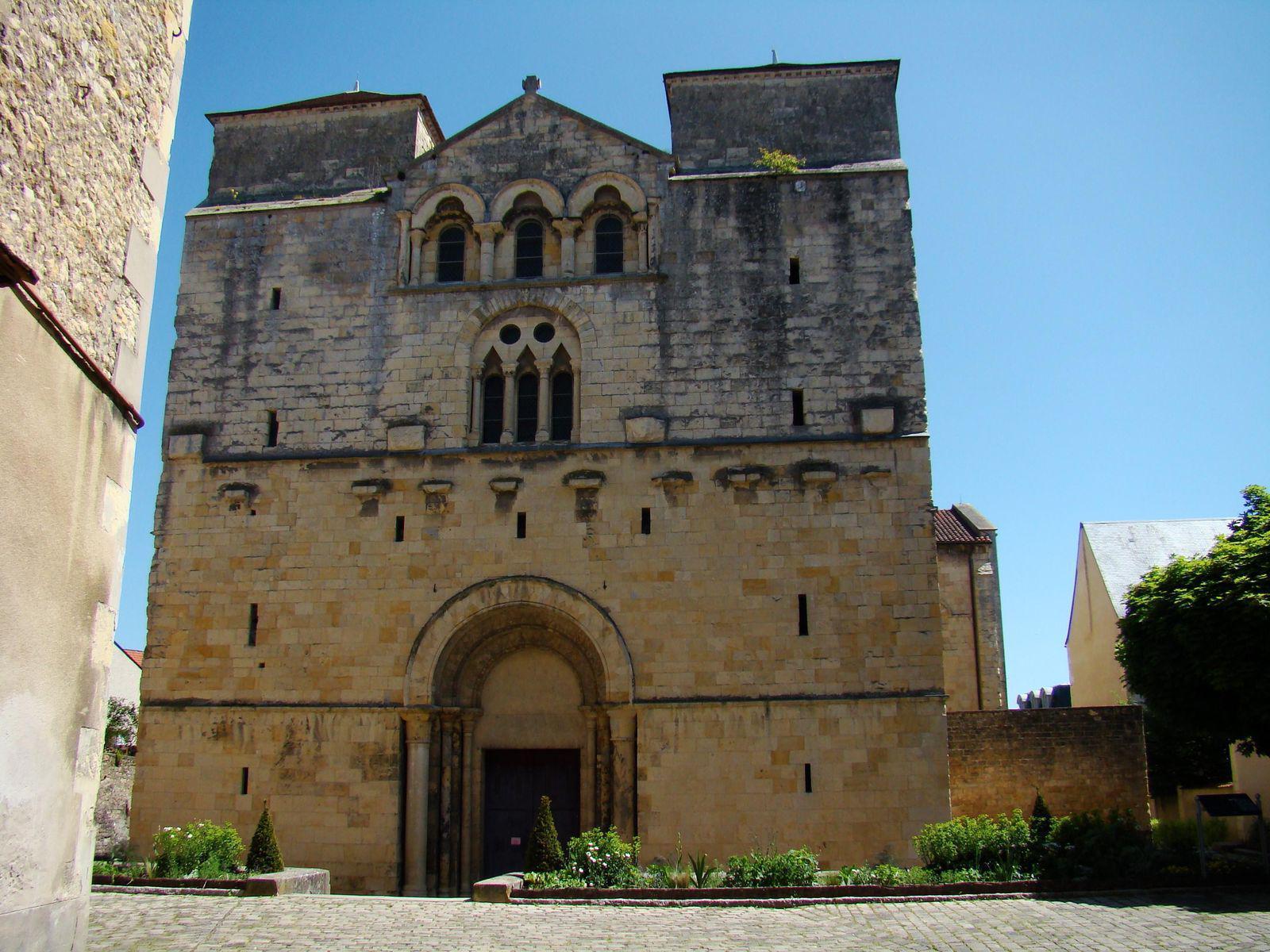 Église Saint-Etienne_Nevers