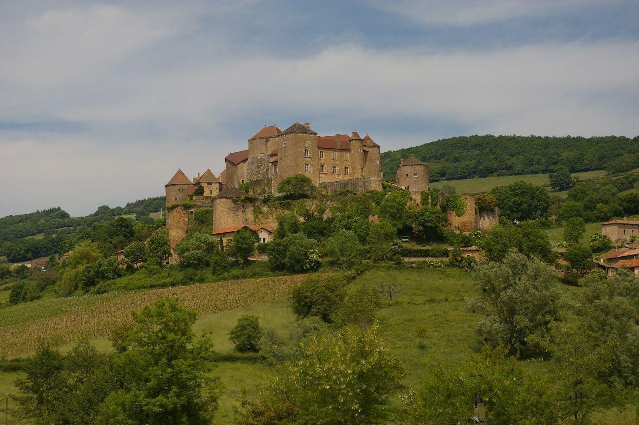 Château de Berzé_Berzé-le-Châtel