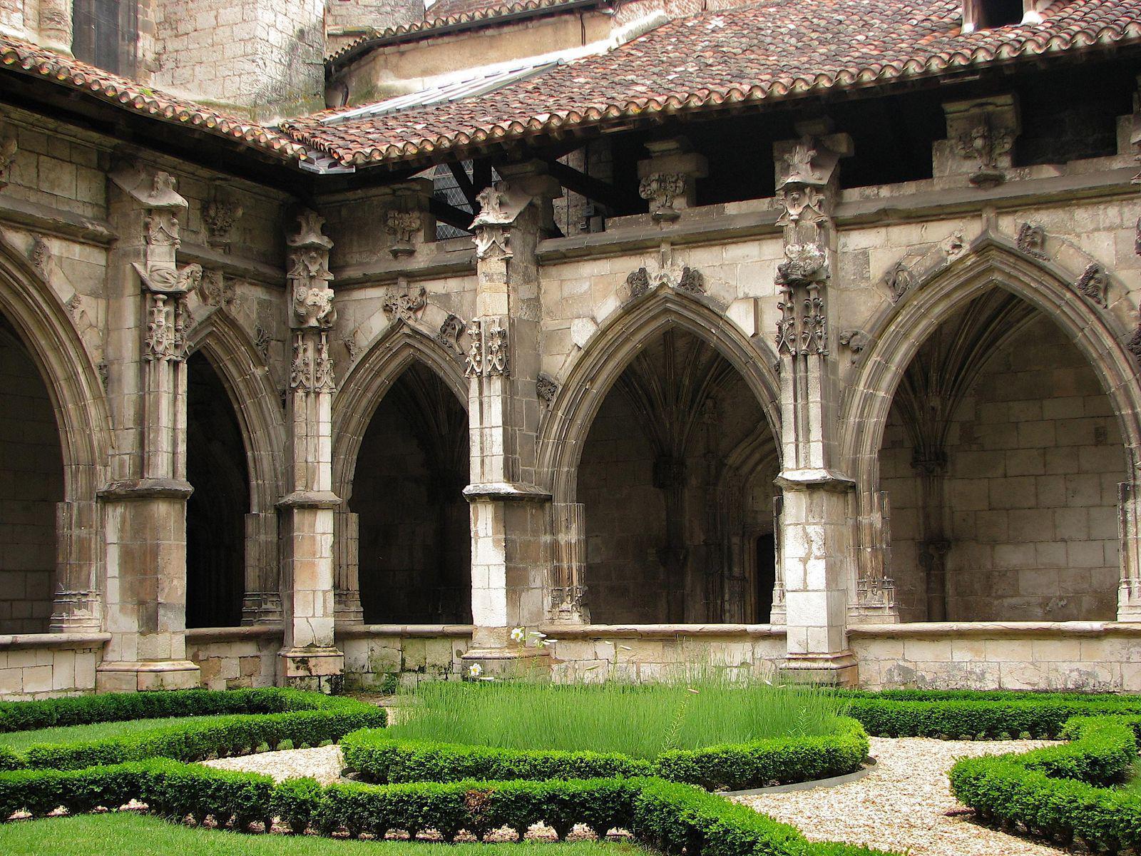 Cathédrale Saint-Etienne_Cahors (1)